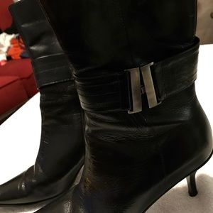 Brand New Gorgeous women's Boots By KENNETH COLE